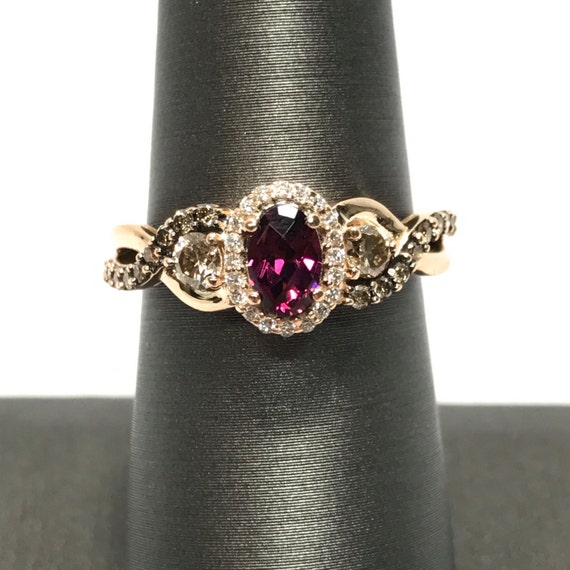 LeVian 14k Rose Gold Raspberry Oval Rhodolite Garnet Chocolate Vanilla Diamond Ring 6.75