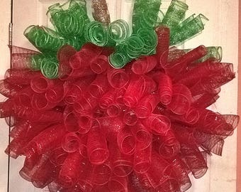 Deco Mesh Wreath, Spiral Wreath, Apple-Shaped
