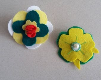 Brooch flower, felt with Rhinestones (2 units).