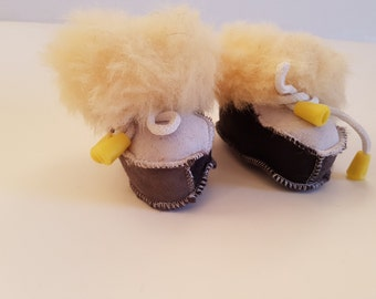 crib shoes;  gift; toddler shoes; present for baby; newborn shoes