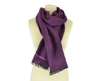 Motif Wax deep purple - Woman's scarf - La Tribu des Oiseaux