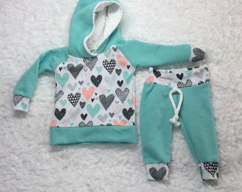 Baby girl valentine day outfit, newborn Valentine's Day outfit, baby girl clothes, take home outfit, hospital outfit