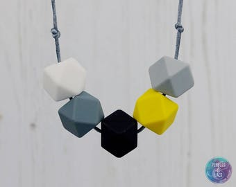 Silicone Teething Necklace, Teething Necklace, Nursing Necklace, Breastfeeding Necklace, Teething Jewellery, New Mum Gift, Baby Shower Gift