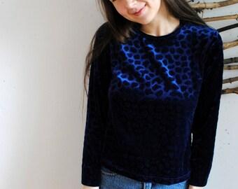 Vintage blue blouse womens 1980s 1970s shirt leopard print velours