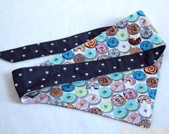 Reversible dog bandana donuts and navy blue L size
