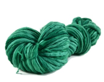 Bulky Yarn, Merino yarn, super bulky weight yarn, wool yarn, 100% Merino, single ply merino, green yarn, green, bulky merino - Christmas