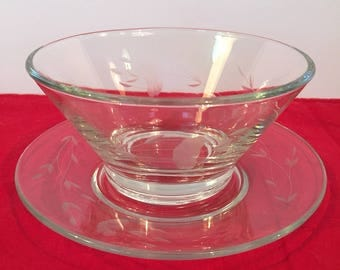 Princess House heritage pattern serving bowl and plate. Lead crystal bowl and plate. Sauce or dip bowl with drip plate.