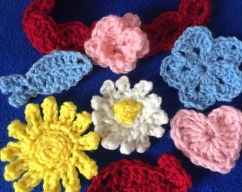 Newborn headband with choice of color and appliqué. Baby headband. Crocheted baby headband. Free Shipping!!!!!! Baby shower gift. Newborn