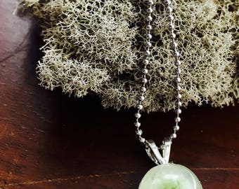 Baby's breath pendant, resin flower necklace, real flower jewelry, white flower necklace