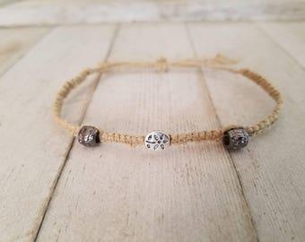 Flower charm, adjustable Hemp bracelet.