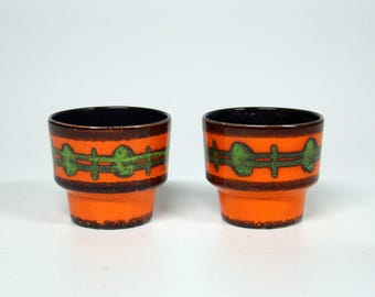 2 Retro Orange flower pots orange/black/green