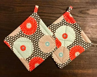 Hot Pads – Pot Holders – Marigolds & Polka Dots – Handmade Pot Holders – Set of 2