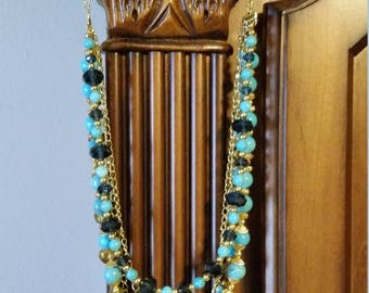 Elegant Turquoise Necklace with matching earrings