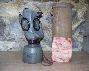 WW2 - FATRA fm - 1 french gas mask - ww2 / french gas mask FATRA fm-1