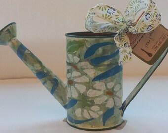 "Small Watering Can Vase ""DAISY BUCHANAN"""
