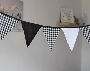 Linen bunting Fabric flag banner 1st Birthday banner Pennants banner Triangle banner Photo prop Party banner decor Balck white gingham