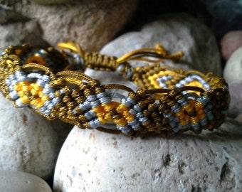 Macrame bracelet, team colors bracelet, school colors bracelet, braided bracelet, friendship bracelet B1