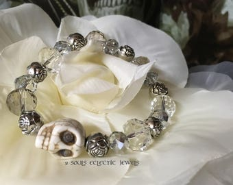 Crystal and Skull Stretch Bracelet Elegant Punk Goth Day of the Dead Dia De Los Muertos Halloween Rose Clear Silver Howlite Jewelry