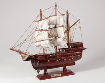 FREE SHIPPING: Vintage Model Ship - Replica Wood Ship with Mayflower Metal Plaque