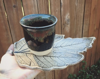 Fig leaf impression plate and tea cup set