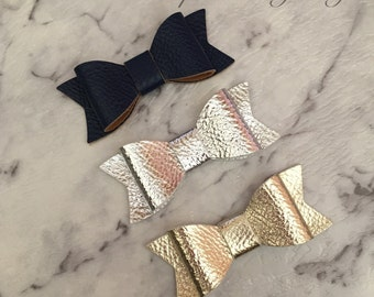 3x Girls Baby Faux Leather Hair Bow Clips Gold Silver Navy Blue