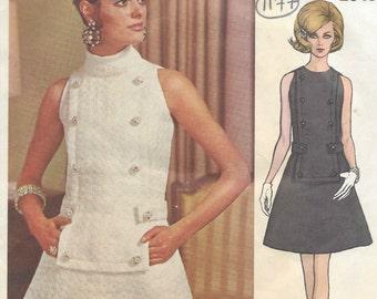 """1968 Vintage VOGUE Sewing Pattern DRESS B32 1/2"""" (1177) By 'Patou'"""
