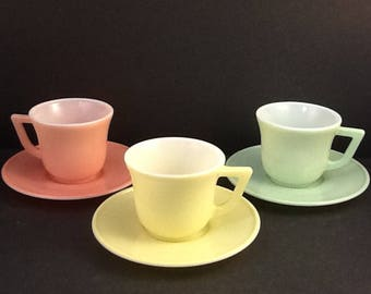 Hazel Atlas Little Hostess New Century Tea Cups and Saucers