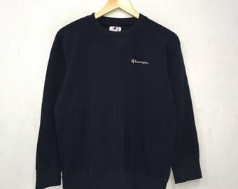 Rare!! CHAMPION Small logo Embroidery SpellOut Sweatshirt Pullover Jumper Sportwear Activewear blue Colour Medium Size