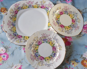 REDUCED: Crown Staffordshire, fine bone china plates in pretty pansy design, 1930's.