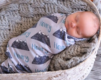 Personalized Swaddle Blanket - Triangle Mountains – Personalized Swaddle Blanket / Baby Name Blanket