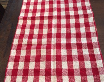 red and white checked dishtowels