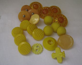 22 Vintage Yellow Plastic Buttons