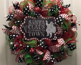 Santa Claus wreath, holiday wreath, Christmas Wreath, Red and green wreath, Winter Wreath, Front Door Wreath
