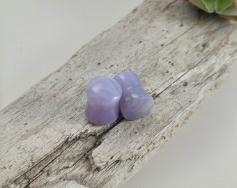 Holly blue agate Handmade Plugs, 7mm Stone plugs, 7mm gauge plugs, stone ear stretchers, natural handmade stone plugs, organic stone plugs
