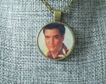 Recycled vinyl record sleeve necklace - ELVIS!""