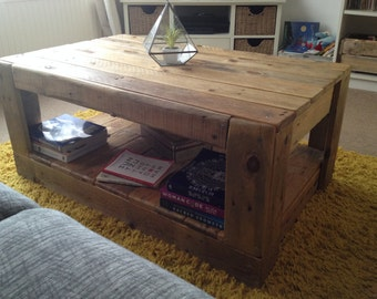 Reclaimed & Pallet Wood Handmade Coffee Table