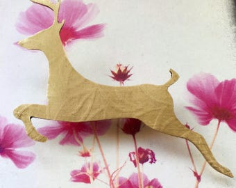 Jumping brass deer brooch