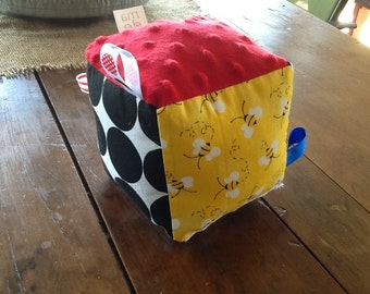 Jingle Cube Sensory Toy, Baby &Toddler Toys, Rattlers