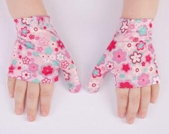 STOP child THUMB SUCKING Flower Power Gloves Thumb Guard thumb sucking kids stop thumb sucking gloves