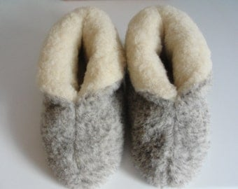 Eco Women's / Men's Merino Pure Sheep's Wool Slippers/ Sheepskin Boots - Non Slip Suede Leather Sole