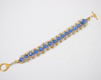 Beaded bracelette crafted from Crystal beads