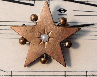 Antique French Gold Plated Star Brooch / Pin with Seed Pearl c1900