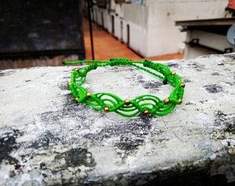 Trendy Macrame bracelet in wave design