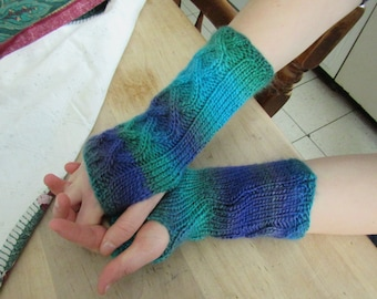 Dragonfly Cabled Fingerless Gloves