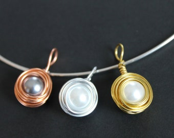 Glass Pearl Wire Nest Simple Pendant Necklace