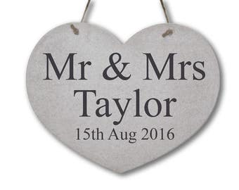 """Personalised Wedding """"Mr and Mrs"""" Sign - Rustic Wooden Sign Shabby Chic Heart Sign"""