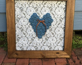 Framed demin yoyo heart