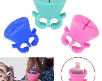 Nail Polish Bottle Holder Finger Ring Wearable Tips Gels Varnish Stand Holder