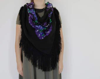 Viana's tradicional scarf, black, traditional pattern, fringed scarf, made in Portugal.
