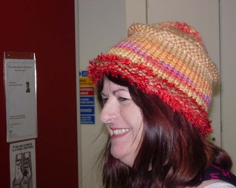 Knitted rolled brim, flat-top hat